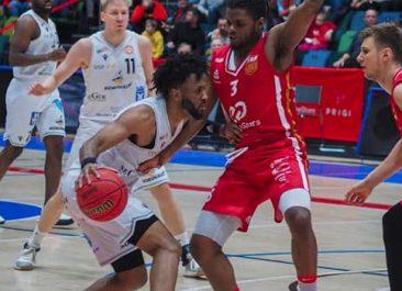 Edullisia lippuja klubilaisille vierasotteluun Ura Basketia vastaan 7.3.